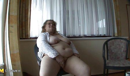 Liar bintik Ngentot keroyokan remaja menyemprotkan susu di sebuah teater porno film bokep barat perkosaan