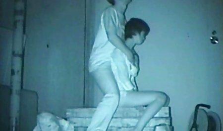 Retro film video bokep barat Amatir cewek seksi dipaku oleh Oldman