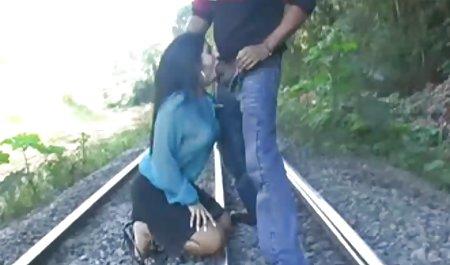 Polis wanita bokep barat mom vs son bercinta dengan pria kulit hitam di belakang truk