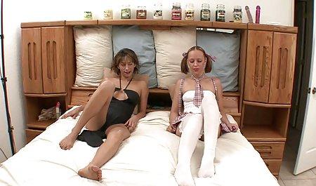 Pantat besar orang latin, cukur jembut, masturbasi menggunakan Dildo dari film bokep terbaru barat pantat ke mulut