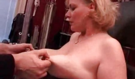 Toket kencang kulit hitam cewek seksi film bokep barat movie Layton Benton mengambil kontol Putih