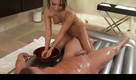 Rambut bokep semi barat full pirang Melissa dapat mengisap a big black cock seks antar ras pembebasan